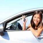 Laiminga jauna vairuotoja